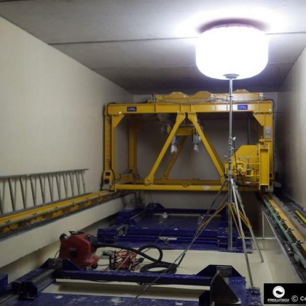 Eclairage industriel en milieu confiné par ballon éclairant Airstar Sirocco 2M par Prolutech