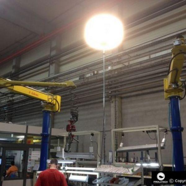 Eclairage usine de production par ballon lumineux Airstar distribué par Prolutech